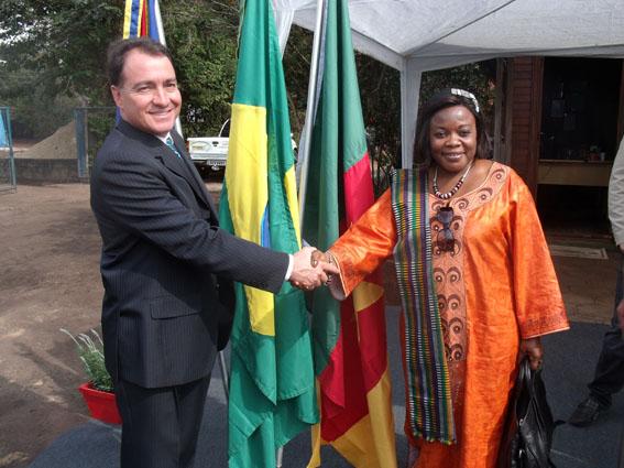 Camarões negocia com empresa nogueirense
