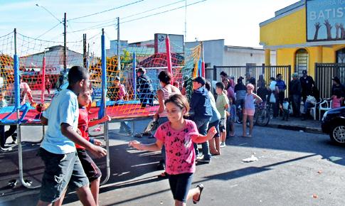 Igreja Batista realiza ação social em Engenheiro Coelho