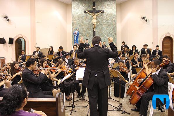 Cantata de Natal reúne 400 pessoas na Igreja Matriz Nossa Senhora das Dores