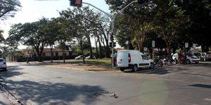 Motoristas se envolvem em acidente de trânsito em Artur Nogueira