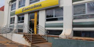 Bancos de Artur Nogueira aderem à greve geral