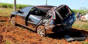 Motorista de Artur Nogueira sofre acidente em vicinal do município