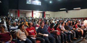 Palestra gratuita reúne mais de 400 comerciantes em Artur Nogueira