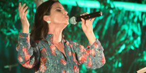 Show de Aline Barros arrecada mais de uma tonelada de alimentos em Artur Nogueira