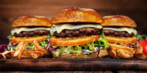 Delivery conquista Artur Nogueira com hambúrguers artesanais