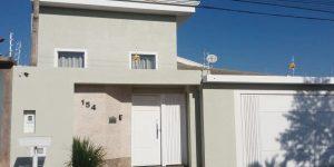 Casa a venda no bairro jardim Resek IV em Artur Nogueira