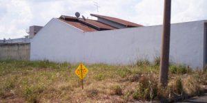 Vende-se terreno no  bairroJosephin Tagliari em Artur Nogueira