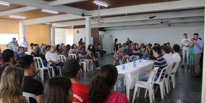 Lucas Sia e Davi da Rádio reúnem 100 pessoas em evento com Vanderlei Macris