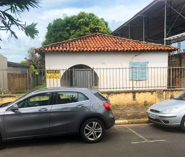 Terreno de 432 m² à venda no Centro de Artur Nogueira