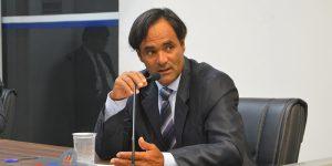 Vereador cobra Ivan sobre falta de ônibus em Artur Nogueira